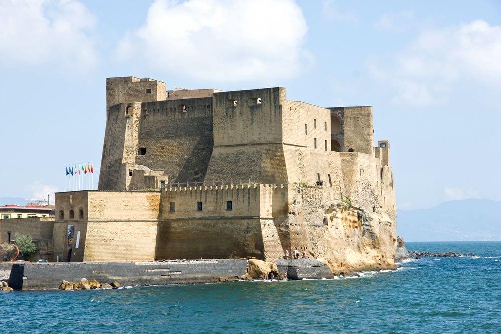 Castel dell'Ovo in Napoli