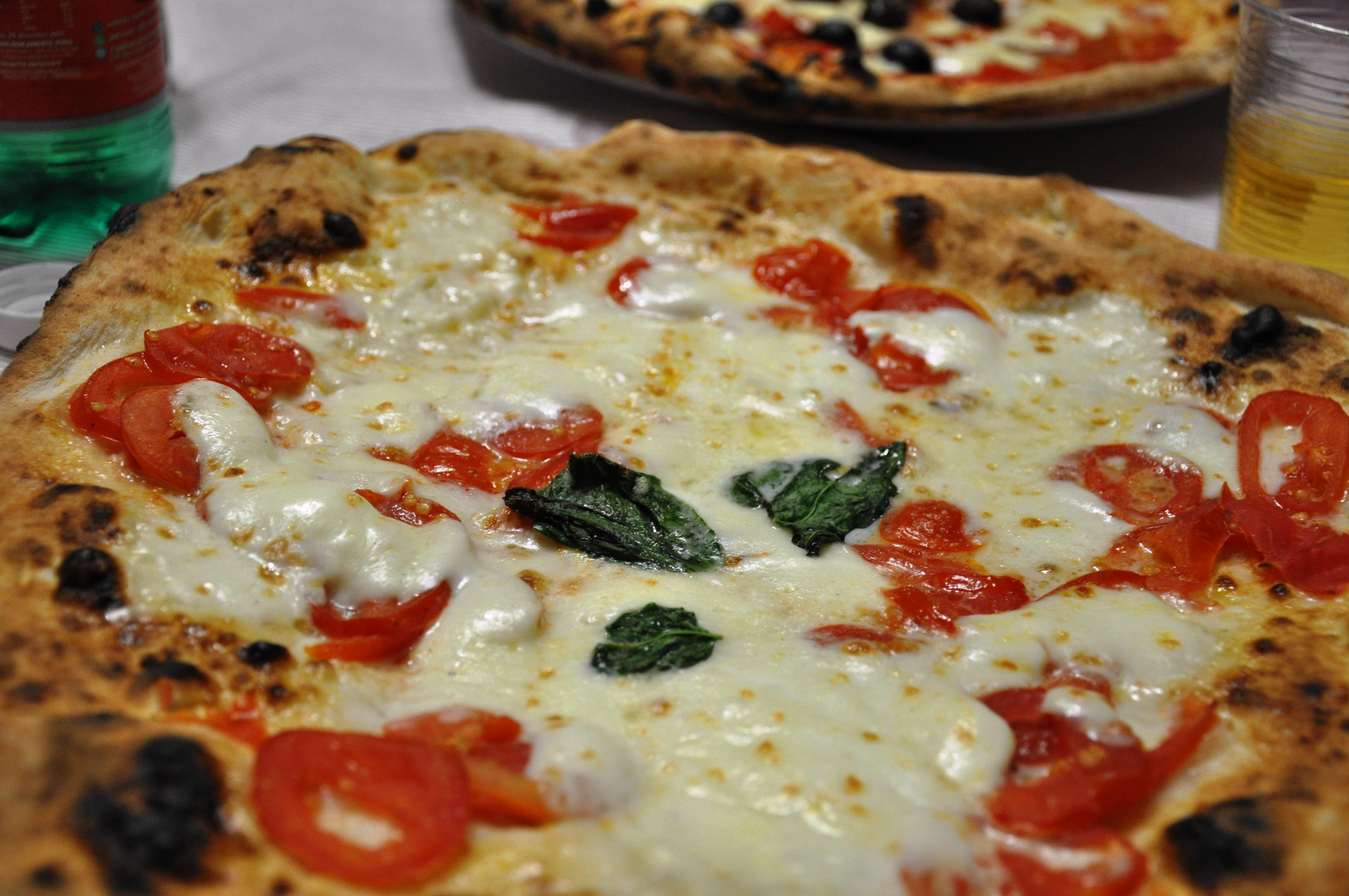 Looking for pizza in Naples? There's an app for that!