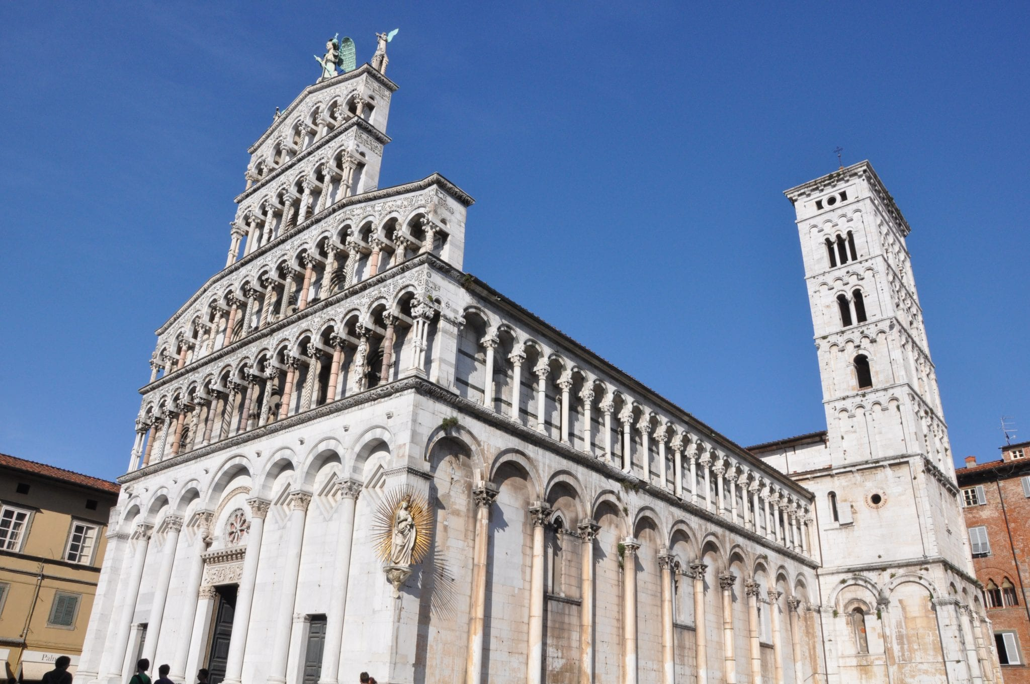 Tuscan architecture of Lucca's churches