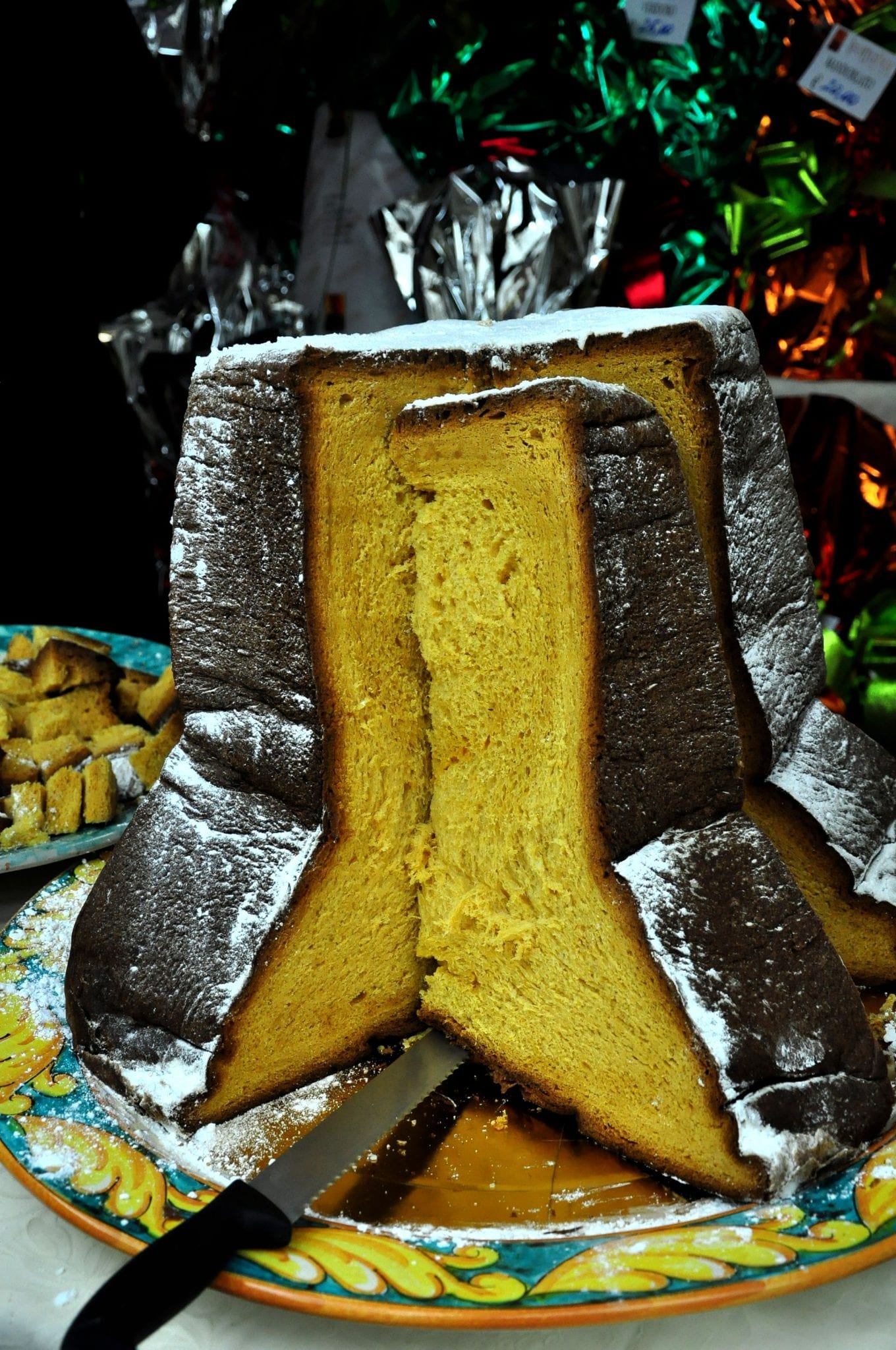 Pandoro, a Christmas Italian tradition