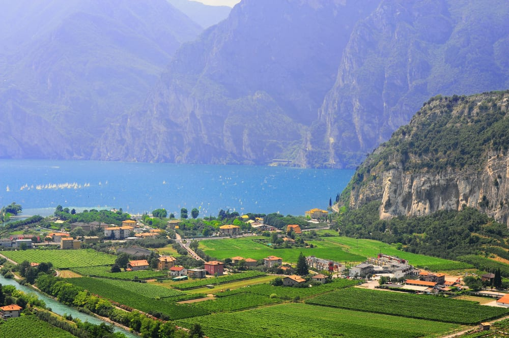 Garda Italy  city photos gallery : Lake Garda, Italy's largest lake—and one of the most beautiful