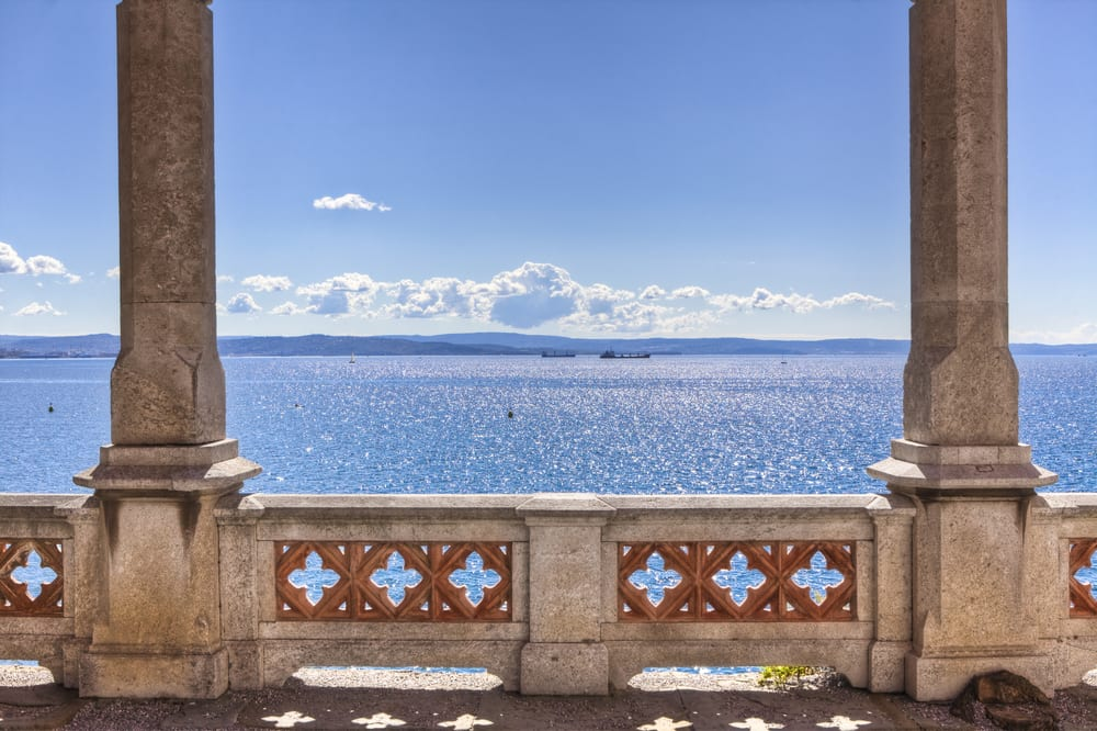 6 spectacular sea views on the italian coast for Italian balcony