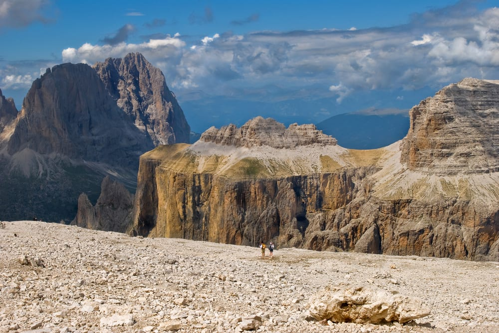 6 favorite spots in the dolomites of italy for Best view of dolomites