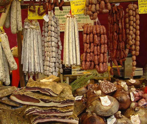 Typical stall at the market of Sant'Ambrogio in Florence