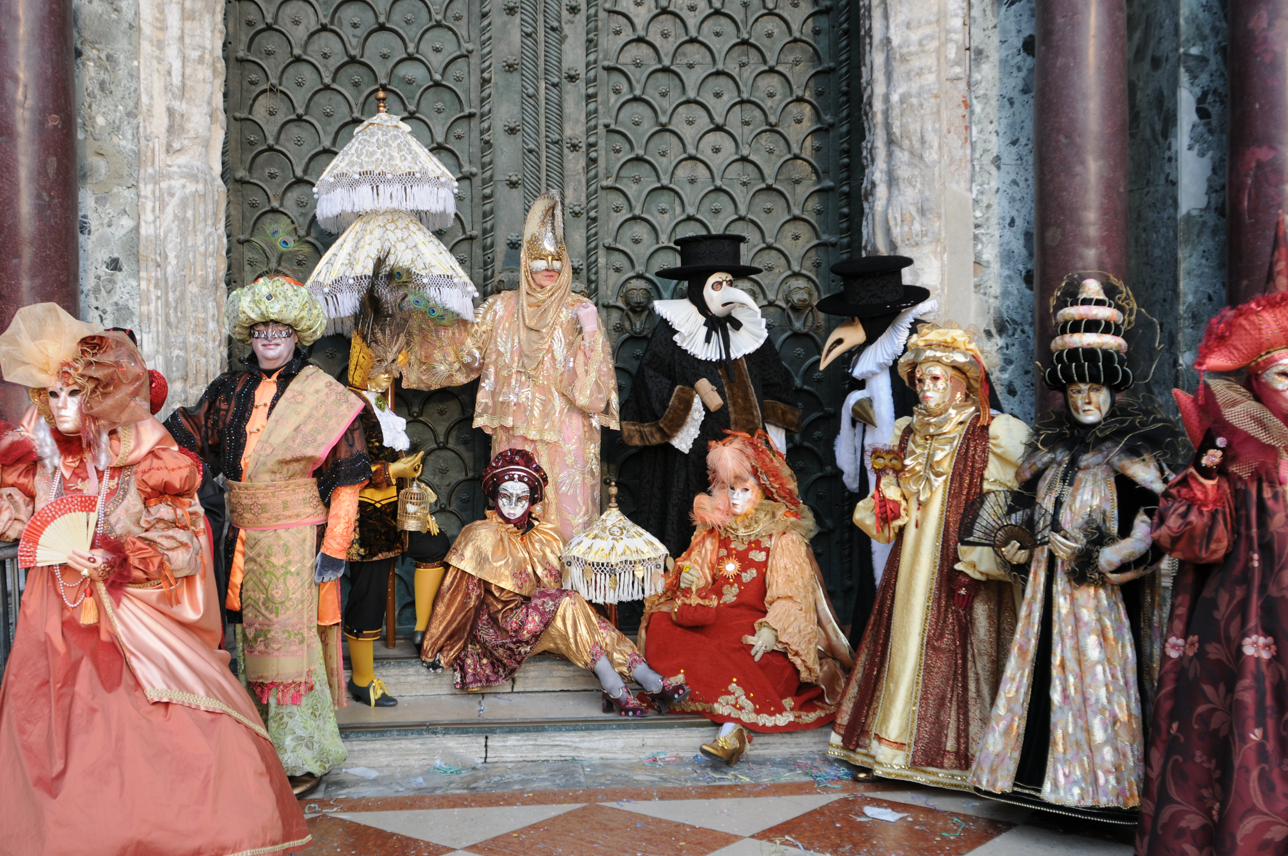 Uncategorized The Carnival Of Venice all about carnival in venice venetian masks and more gorgeous costumes abound during carnevale venice