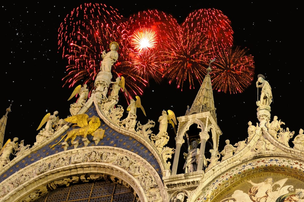 Fireworks over Venice's St. Mark's Basilica at New Year's ...