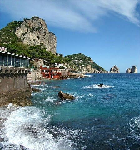 Marina Piccola in Capri town. Photo by Tango7174 (Wikimedia Commons)